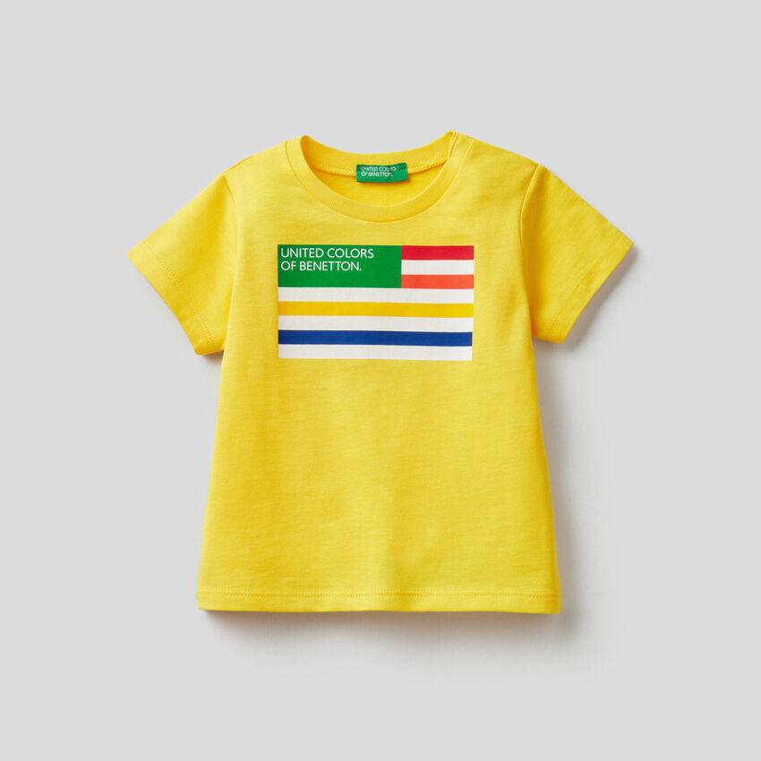 Camiseta de algodón orgánico con estampado de logotipo
