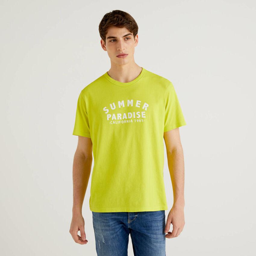 Camiseta amarillo lima de 100 % algodón con estampado