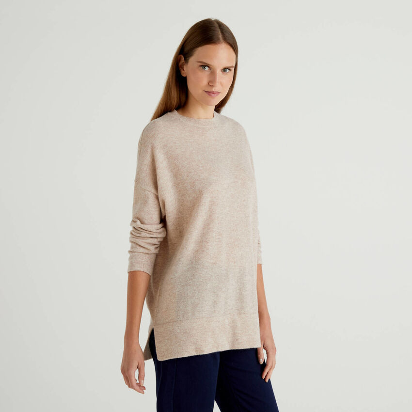 Jersey de lana mixta con aberturas
