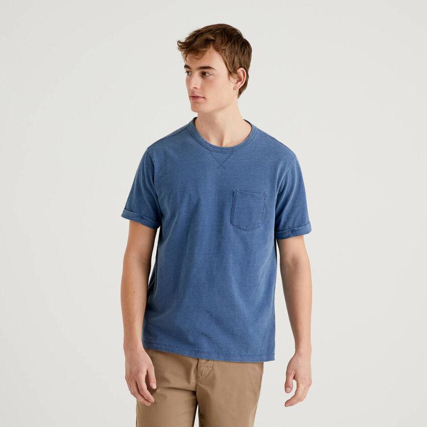 Camiseta de 100 % algodón con efecto desgastado