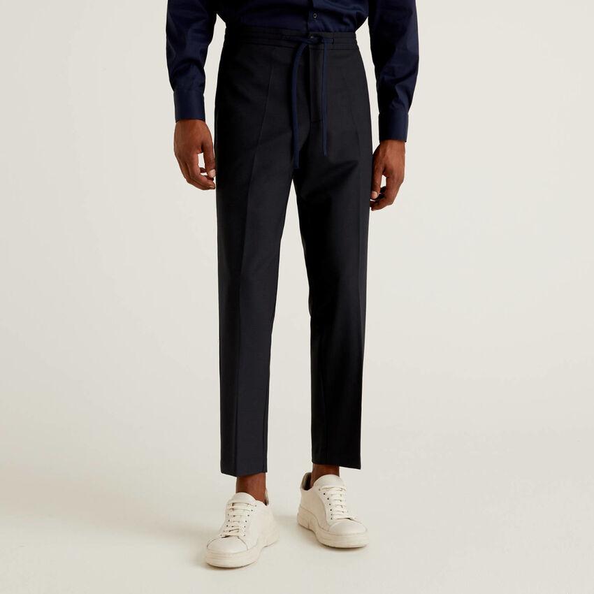 Pantalón de lana fría con cordón de ajuste